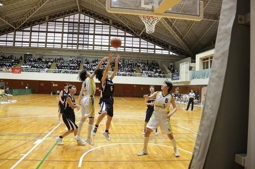kn180508_1317(2)女子バスケ.jpg